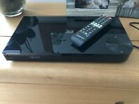 Samsung Blu-ray player F6500 and F5500