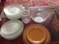 Plates/bowls/jug