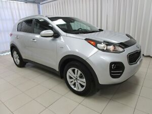 2017 Kia Sportage LX AWD SUV. LOW KILOMETERS !! w/ BLUETOOTH, HE