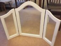 Mirror for dressing table - foldable