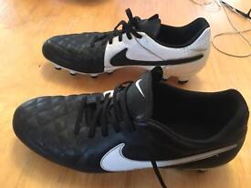 Nike tiempo size 9.5 football boots