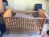 Isabella cot bed