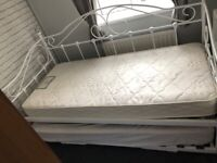 Daybed, trundle and 1 mattress fab condition
