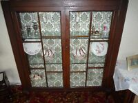 VINTAGE GLASS DISPLAY CHINA CABINET CUPBOARD UNIT . DARK WOOD GLASS DOORS SIDES AND SHELVES. 1930'S