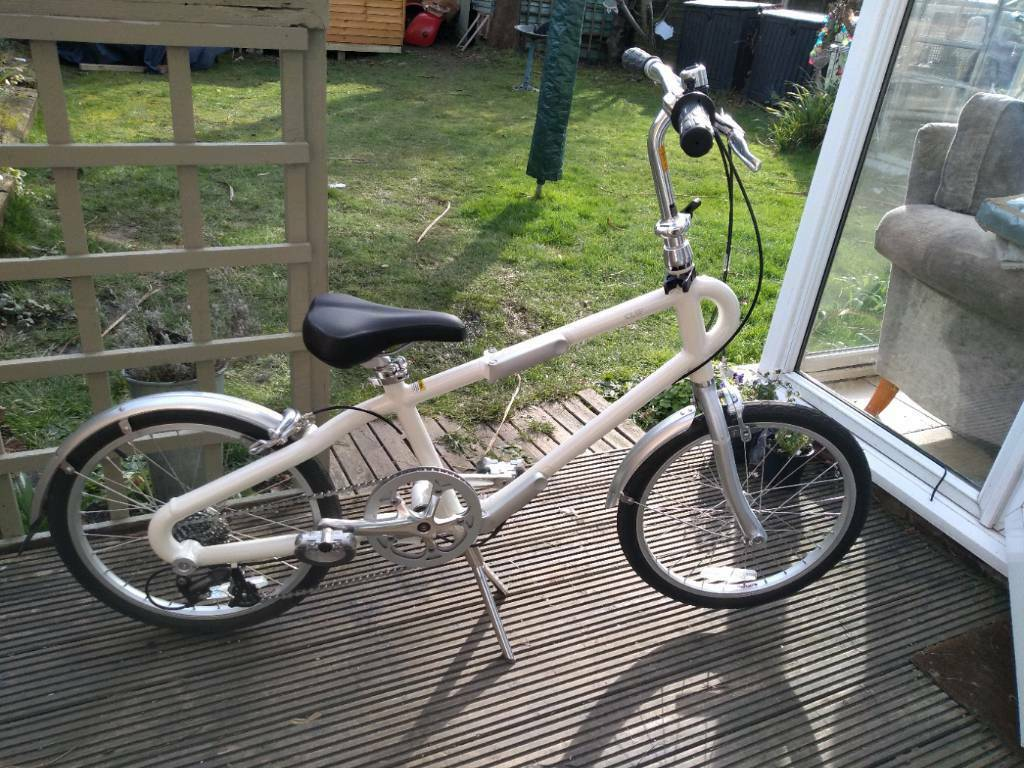 Giant Clip Folding Bike Brand New 8 Gears In Basildon