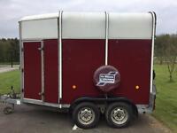 Ifor Williams HB505R horse trailer