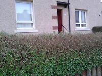 2 Bed Lower flat in 4 in a block Glasgow to Prestwick,Ayr, or coastal Ayrshire