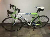 Cannondale Caad 10 105 (Only ridden four times!) RRP £1,200!! Pick up only