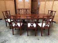 ANTIQUE VINTAGE GEORGIAN STYLE MAHOGANY LARGE DINING TABLE & 8 CHAIRS CARVERS