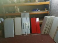 JOBLOT SHOPFLOOR VARIOUS SHELVING DOUBLE SIDED GONDOLA, WALLBAYS, PEGBOARD AND HOOKS GOOD CONDITION