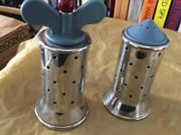 Alessi pepper mill & salt shaker (set)