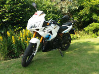 Lexmoto XTRS 125 White Good Condition With Topbox