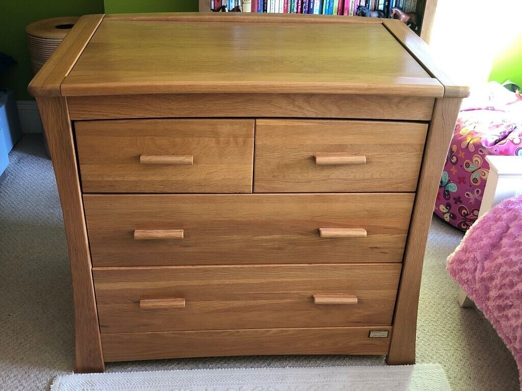 Cool Excellent Condition Ocean Dresser Changing Table With Shelf For Changing Accessories In Gloucester Road Bristol Gumtree Interior Design Ideas Apansoteloinfo