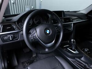 2013 BMW 328I LUXURY X-DRIVE MAGS TOIT CUIR West Island Greater Montréal image 18