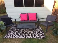 Garden Furniture - sofa, chairs & Coffee table set - new