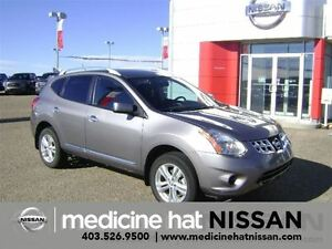 2013 Nissan Rogue SV With Remote start!