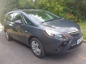 Vauxhall Zafira Tourer 2.0 CDTi 16v Exclusiv 5dr, Full Servuce History, 1 Owner from new