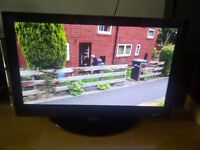 """LG 42"""" HD READY TV WITH FREEVIEW"""