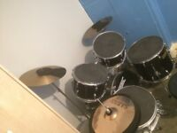 Cannon Drum Kit (includes extra cymbal)
