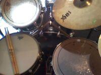 Exp mature skilled Drummer seeks active Rock, Punk Rock Band