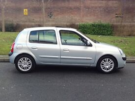Top of Rang - 2004 Renault Clio 1.5 dCi Initiale Diesel Manual 5dr -- Part Exchange Welcome --