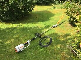 STIHL HLE71 extendable Electric hedge cutter