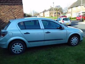 09 Vauxhall astra 1.8 fully automatic petrol. 5 door. NOW REDUCED FOR QUICK SALE