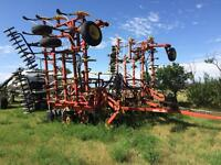 8800 Bourgault Drill