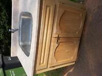Free sink with cabinet
