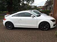 Audi TT 2.0 TDI IBIS white