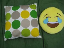 Large Ben de Lisi Cushion and Yellow Round Smiley Face Cushion - 2 for £7.00