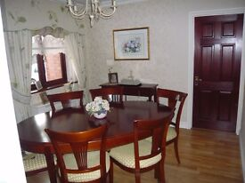 'Grange' Extending ding table and 6 chairs
