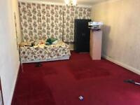 double room for rent large double room/ more space than a studio flat