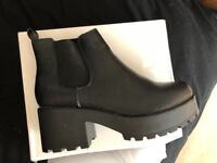 Chunky black boots size 8