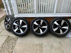 """Genuine Nissan Qashqai 18"""" wheels and tyres"""