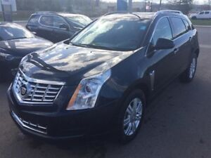 2016 Cadillac SRX Luxury Collection *Full Roof* *Nav*