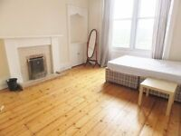 4 bedroom furnished HMO licensed 2nd floor flat to rent on Morningside Road, Morningside, Edinburgh