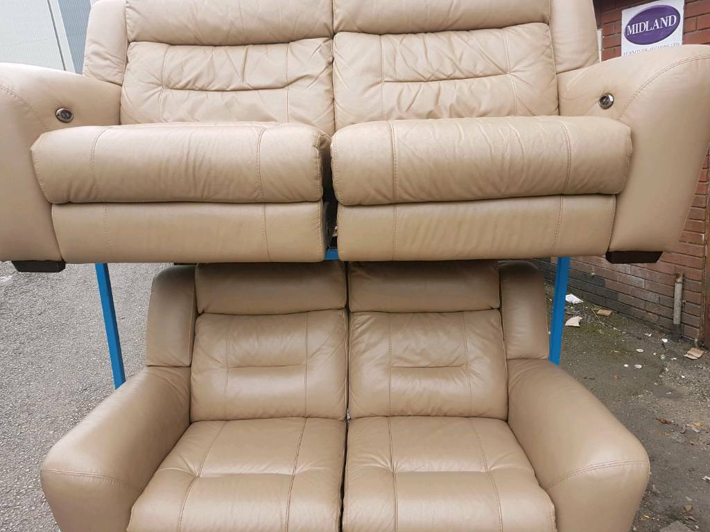 TO CLEAR cream 3 + 2 leather sofa can deliver