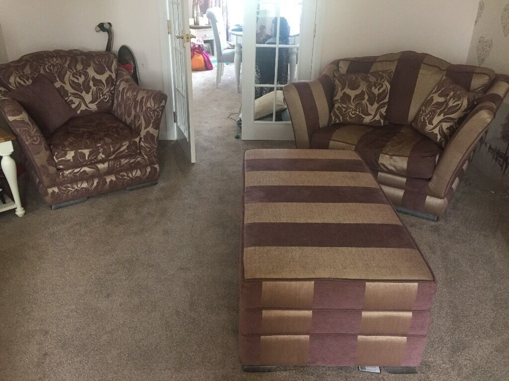 Used Living Room Furniture Living Room Furniture Barely Used Open To Offers In Broughty