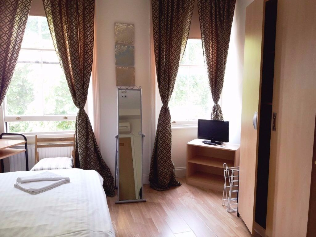 Studio Bayswater Short Lets £310 per week all bills and WIFI
