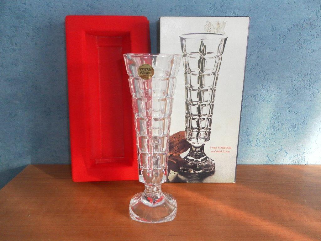cristal d 39 arques lead crystal vase in halfway south yorkshire gumtree. Black Bedroom Furniture Sets. Home Design Ideas