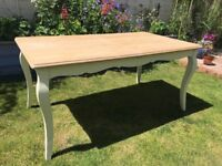 Shabby chic Joh Lewis extendible dining table seats 4-8