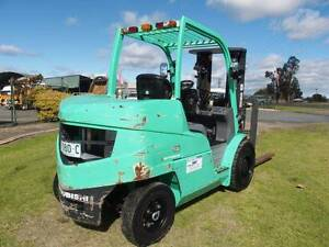 Mitsubishi FD45N 4 Tonne Forklift.Container mast,6 cyl Inverell Inverell Area Preview