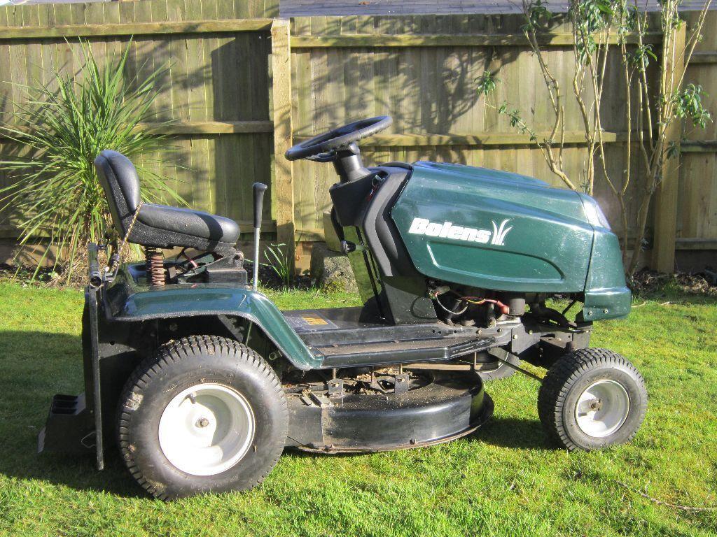 Bolens Lawn Tractor : Bolens ride on lawn mower bl t in highcliffe