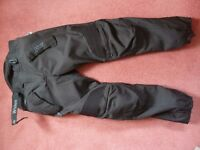 Weise black textile trousers with protectors
