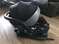 BeSafe izi Modular baby car seat with isofix base