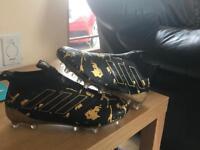Pog booms Adidas football