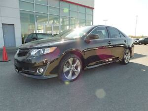 2014 Toyota Camry * SE *  MAGS * FOGS * GPS * AILERON *