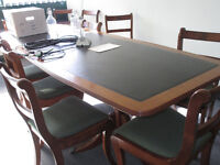 BARREL SHAPED BOARDROOM/DINING TABLE – SEATS 8 COMFORTABLY – 3 EXTRA ROLL-TOP CHAIRS