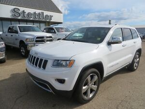 2015 Jeep Grand Cherokee LIMITED SUNROOF! NAVIGATION!!